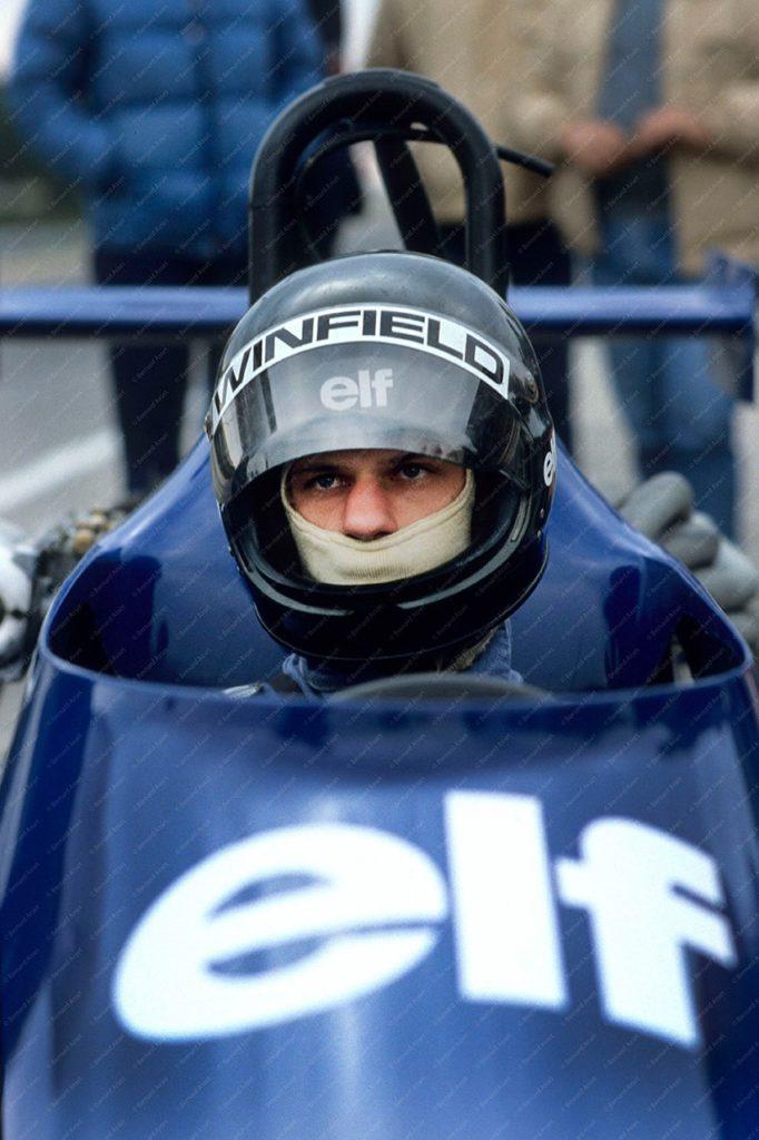 Olivier Grouillard pilote Elf Winfield 1981