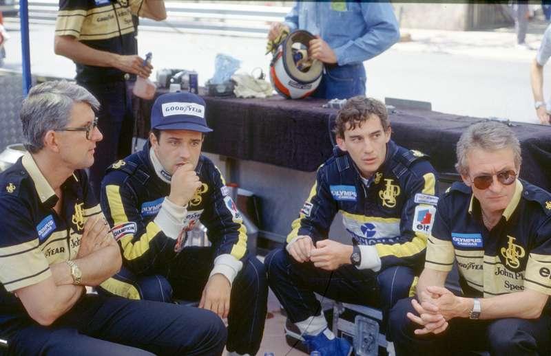 Peter Warr, Elio de Angelis, Ayrton Senna et Gérard Ducarouge Lotus-Renault 1985